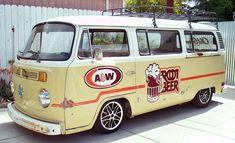 Love my camper and love root beer, so what's not to like 😁 Volkswagon Van, Volkswagen Minibus, Vw T1, Vw T2 Camper, Vw Bus T2, Kombi Hippie, Vw Rat Rod, Combi Vw, Bus Life