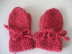 Tova votter, str 4-5 år. Knitted Hats, Winter Hats, Slippers, Knitting, How To Make, Fashion, Moda, Tricot, La Mode