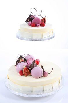 Bryllupskake Wedding cake by Sverre Saetre