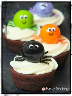 spider cupcakes, spider brownies, gumball spiders, kids halloween party, cute halloween party ideas, kids halloween party ideas, halloween t...