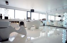 The essential geometries of VOGUE VISION, salon in Sofia run by famous Bulgarian hairdresser Mitko Damov.