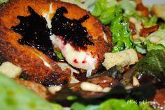 Miel o Limón: Ensalada templada de Camembert con confitura de moras http://mielolimon.blogspot.com.es/2014/02/ensalada-templada-de-camembert-con.html