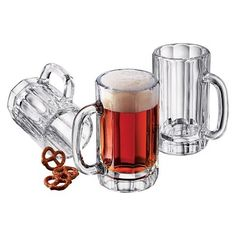 Cheers to beer and mug sets that go with it!