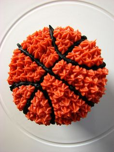 basketball cupcake or cake. Perfect for my little sister that is now a basketball player.