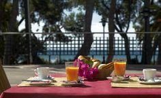 Dp de 4 días de @fiberfib, te proponemos un desayuno con vistas al mar y disfrutar de las playas de #Benicàssim