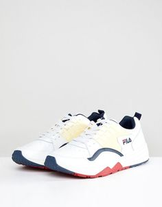 c46c3aeeaaf Fila Riot Low Sneakers in White - White Fila Outfit