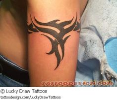 TATTOO PIC OF THE DAY! Check out this beautiful tattoo design from Lucky Draw Tattoos at TattooDesign.com! Band Tattoos For Men, Arm Band Tattoo, Tattoos For Guys, Band Tattoo Designs, Tribal Tattoo Designs, Celtic Tattoos, Star Tattoos, Tribal Wave Tattoos, Lucky Draw Tattoo