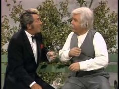 Dean Martin & Jonathan Winters – Priceless – Isaac Booth sketch – Jonathan Winters had an extraordinary career and was simply brilliant. Almost everything he did was ad lib. Through the years he made memorable appearances on both The Dean Martin Show and The Dean Martin Celebrity Roast. Jonathan Harshman Winters III was an American …