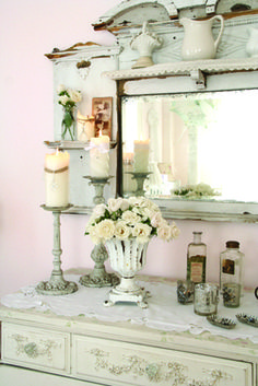 Romantic Bedroom Decoration: The Beauty in White : Shabby Cottage, Cottage Chic, Storybook Cottage, Cottage Style, Home Decor Trends, Home Decor Styles, Decor Ideas, Shabby Chic Style, Shabby Chic Decor