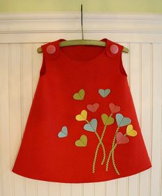 Heartfelt Valentine's Day Jumper Tutorial and Giveaway - Kindermode 2020 Little Dresses, Baby Outfits, Little Girl Dresses, Kids Outfits, Girls Dresses, Prom Dresses, Sewing For Kids, Baby Sewing, Fashion Kids
