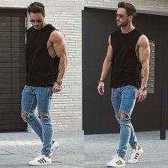 Reglas de estilo para los jeans rotos en hombres
