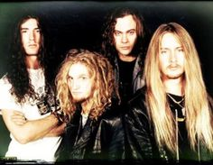 Alice in Chains, was a good lookin band.
