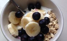 5 easy plant based breakfast ideas. Thanks Positive Mama!