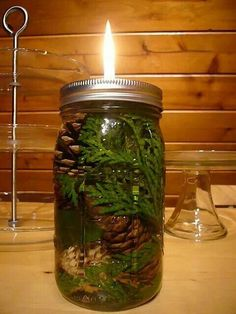 DIY Mason Jar Oil Candles - pretty and can be scented! Mason Jar Projects, Mason Jar Crafts, Mason Jar Diy, Pot Mason, Oil Candles, Mason Jar Candles, Natural Candles, Yule, Fashion Bubbles