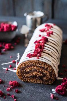 Runebergin kääretorttu Finnish Recipes, Baked Rolls, Crepe Cake, Yule Log, Specialty Cakes, Breakfast Cake, Dessert Recipes, Desserts, Holiday Treats