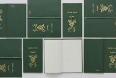 コクヨのロングセラー「測量野帳」をパスザバトンがリメイク | Fashionsnap.com