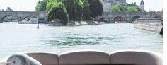 Les Maquereaux, RDV Quai de l'hôtel de ville, entre le Pont Marie et le Pont de Louis Philippe, 75004 Paris. Réservation au 07 82 93 35 36 ou par mail à contact@lesmaquereaux.com.