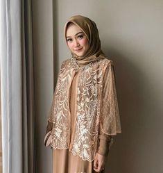 Dress Muslim Modern, Dress Brokat Modern, Muslim Long Dress, Kebaya Modern Hijab, Kebaya Hijab, Modesty Fashion, Muslim Fashion, Fashion Dresses, Model Dress Kebaya