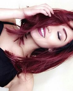 55 Trendy Ideas For Hair Color Red Ombre Ideas Long Bobs Red Hair Long Bob, Dark Red Hair, Burgundy Hair, Medium Red Hair, Long Bob Hairstyles, Pretty Hairstyles, Haircuts, Pelo Color Borgoña, Twisted Hair