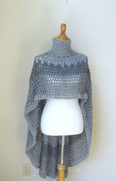 GREY FEMININE Crochet PONCHO Aluminum Gray Boho by marianavail | Pinning for inspiration. Pt. 1