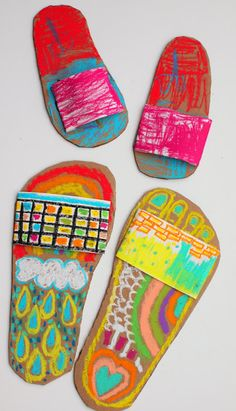 Kunst Grundschule - Colorful Flip Flop Art- Great Spring summer art project to do with the kids - Beste Art Pins Summer Art Projects, Summer Crafts, Projects For Kids, Art Activities, Summer Activities, Easy Crafts For Kids, Art For Kids, Kid Art, Kids Fun