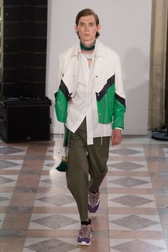 Sfilata Moda Uomo Valentino Parigi - Primavera Estate 2018 - Vogue