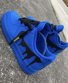"""""""Drip"""" Custom Nike Air Force 1 """"Drip"""" – Lowtop Custom Nike As for all custom made shoes, each match is hand painted and [. Jordan Shoes Girls, Girls Shoes, Shoes Women, Ladies Shoes, Ladies Sandals, Zapatillas Nike Air Force, Nike Shoes Air Force, Cute Sneakers, Shoes Sneakers"""