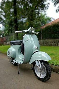 Het blijft een prachtig Italaans product: de Vespa. Ciao, Pietro - www.ItalieABC.nl