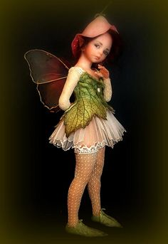 Pensive Fairy by Diane Guelinckx.  Check out http://enaidsworld.blogspot.com