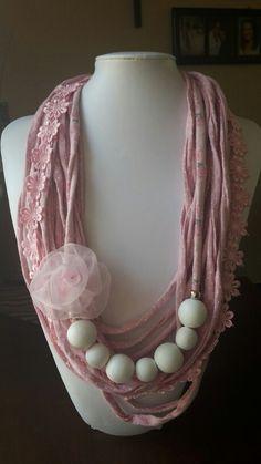 T-shirt Yarn necklace. Toetsie's Trinkets facebook Jeandre Fullard