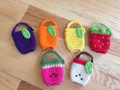 These cute fruity hand sanitizer holders are perfect for gift giving! Crochet Geek, Knit Crochet, Crochet Hats, Crochet Fruit, Posca Art, Hand Sanitizer Holder, Crochet Accessories, Bath And Body Works, Crochet Projects