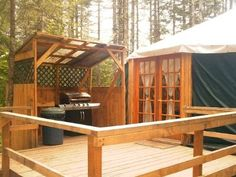 Outside yurt kitchen area. Love the idea of adding a cob stove for pizzas and breads. Yurt Living, Tiny House Living, Outdoor Living, Yurt Kits, Yurt Interior, Interior Design, Pacific Yurts, Yurt Tent, Yurt Home
