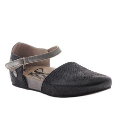 791dbdd10 OTBT Black   Pewter Kalamazoo Leather Flat