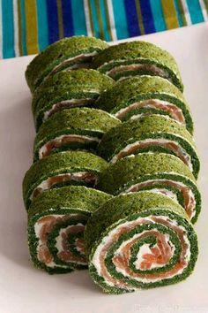 Rollos de espinaca con relleno de queso y salmón