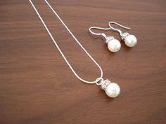 Bridesmaids Jewelry Set - Popular Fancy Single Pearl Earrings & Necklace, pearl bridesmaid jewelry. $19.50, via Etsy.