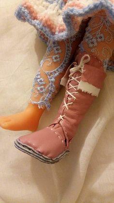 tuto gratuit poupée: Bottes en simili cuir rose pour poupée. (Partie 2) et chaussures basses