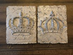 Set of 2 Crown Plaques Wall Crown Wall Decor Old World