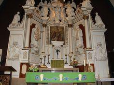 Sûdhörn - RK Kerk → Het altaar.