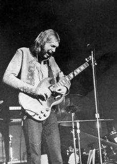 Duane....pic from Allman Bros & Sisters page...with G. Goddard