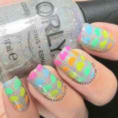 Me nail artist lina-indrayanti shares this chic and cute Valentine's day made with holographic and neon shades. Check out her product picks for this nail art. Valentine Nail Art, Valentines, Accent Nails, Nail Artist, Nailart, Nail Designs, Nail Polish, My Favorite Things, Pretty
