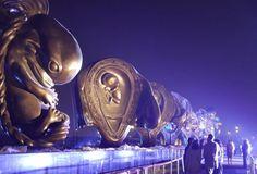 14 monumental sculptures of unborn babies by controversial British artist unveiled in Qatar | LifeSiteNews.com