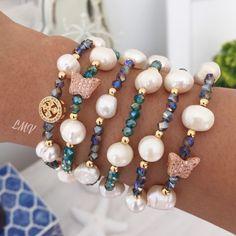 Pulseras con cristales y perlas cultivadas by Luz Marina Valero