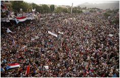 """Vea nuestra fotografía de la reunión de """"reconciliación y tolerancia"""", en la ciudad portuaria de Adén, en Yemen"""