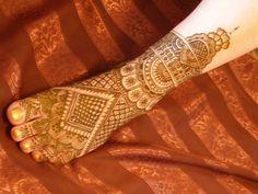 Hindi Henna