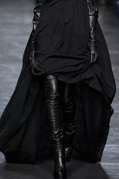 Ann Demeulemeester Parigi - Fall Winter 2011/2012