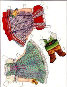 eventyr http://www.pinterest.com/mcgihon/articulated-paper-dolls-set-2/