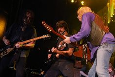 Dave Grohl of the Foo Fighters performs with Tom Petty and the Heartbreakers in New York on August 19th, 2006.