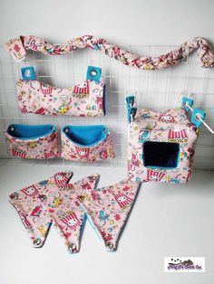 Small Pet Fleece Cage Set With Hammocks, Cozy Cubes And More