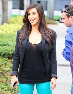 Kim Kardashian Photo - Kim & Khloe Film Their Reality Show In Miami