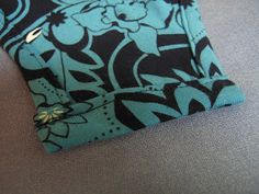 Candidly Kate: ˚tutorial˚ Making a Onsie (Free Pattern) Baby Romper Pattern, Heirloom Sewing, Baby Body, Baby Sewing, Free Pattern, Sewing Patterns, Onesies, Diy Baby, Students